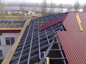 Покрыть односкатную крышу профнастилом своими руками фото 165