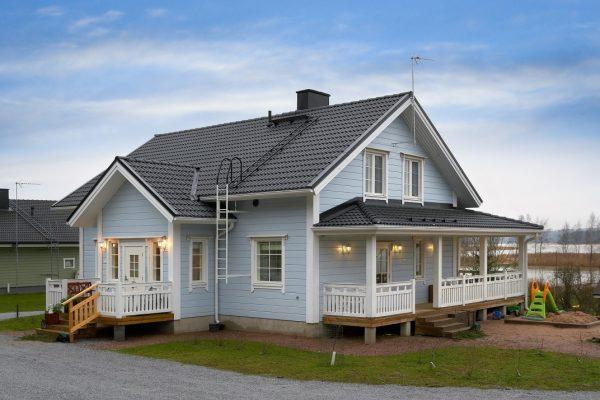 Финский загородный дом из клеёного бруса