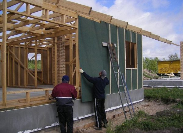 Можно ли сэкономить, если купить проект недорогого каркасного дома