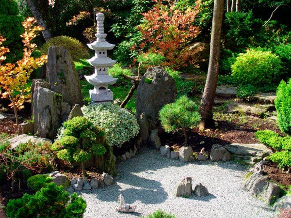 Пагода в японском ландшафтном дизайне