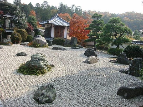 Японский сад сухих камней