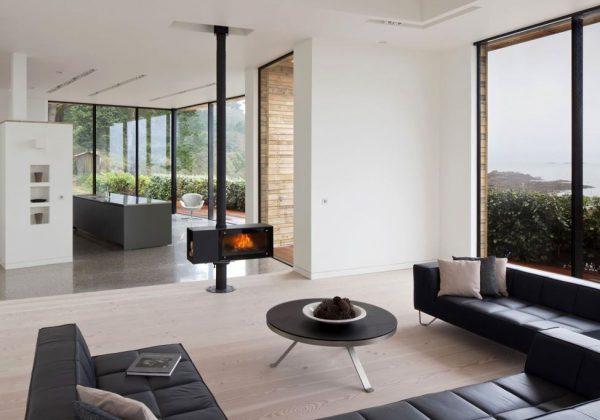 Интерьер загородного дома в стиле минимализм