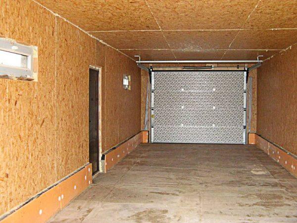 Отделка гаража плитами ОСП
