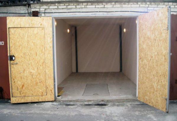 Утеплённые ворота гаража
