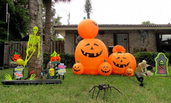 украшения двора на хэллоуин