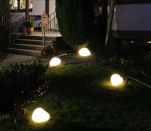 Декоративные камни с яркой подсветкой
