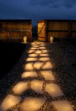 Декоративные камни в подсветкой