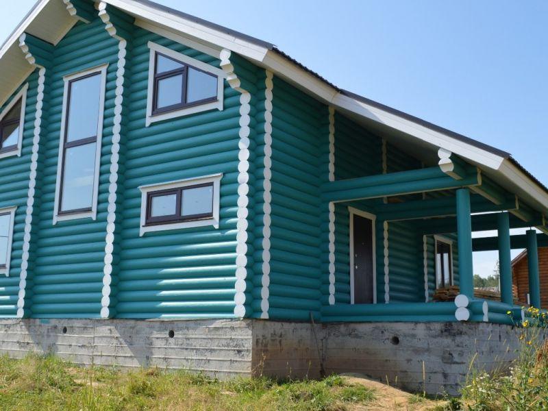 Как красиво покрасить деревянный дом снаружи — несколько идей на фото