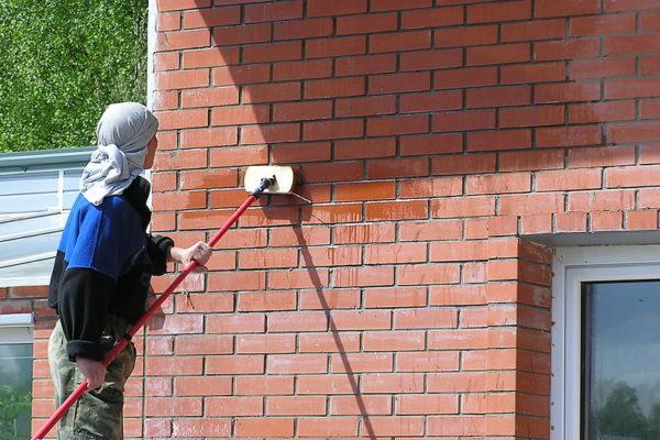 очистка фасадов от высолов