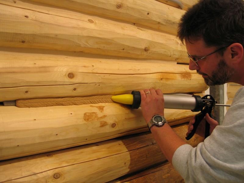 Герметик для швов в деревянном доме: какой лучше — топ 5