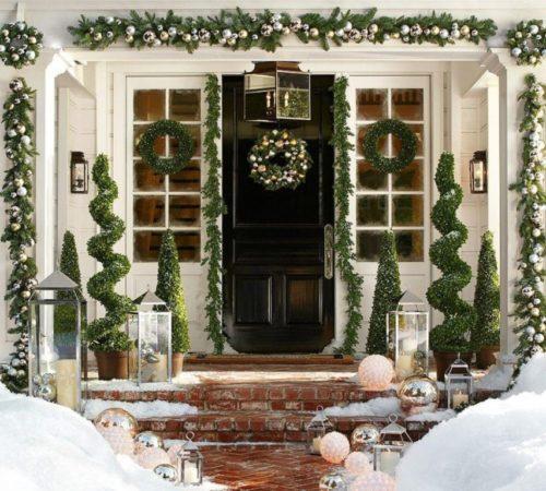 Украшение окон и дверей на Новый год