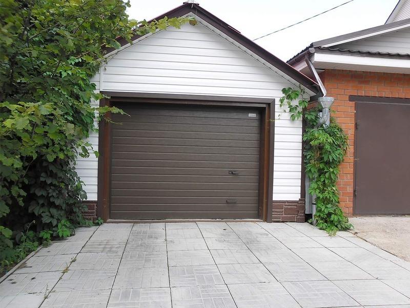 Какие ворота лучше для гаража: топ-3