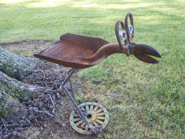 птица из старой лопаты