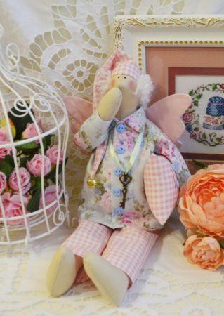 одежда для куклы из обрезков штор