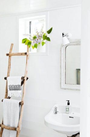 Полка-лестница для полотенец