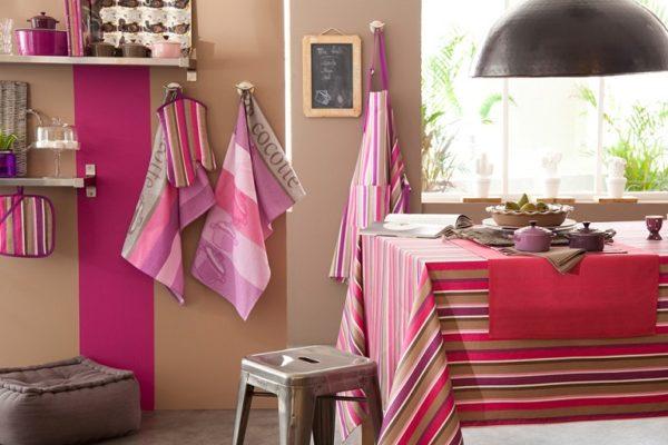 Кухня в оттенках розового