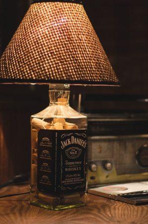 лампа из бутылки джек дэниэлс