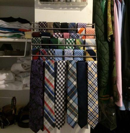 Хранение галстуков на решётке