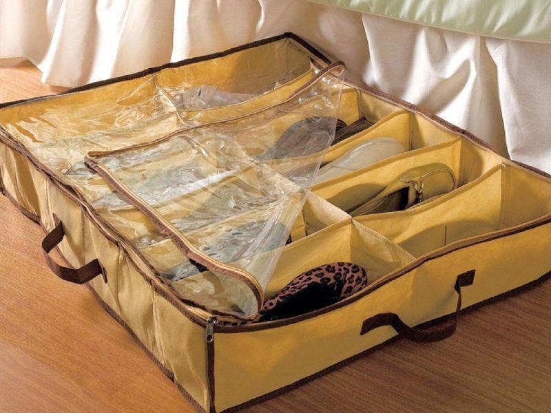 Как хранить обувь: лучшие идеи использования пространства под кроватью