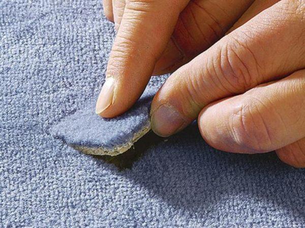 Установка заплатки на ковровое покрытие