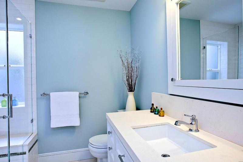 15 идей оформления интерьера узкой ванной комнаты