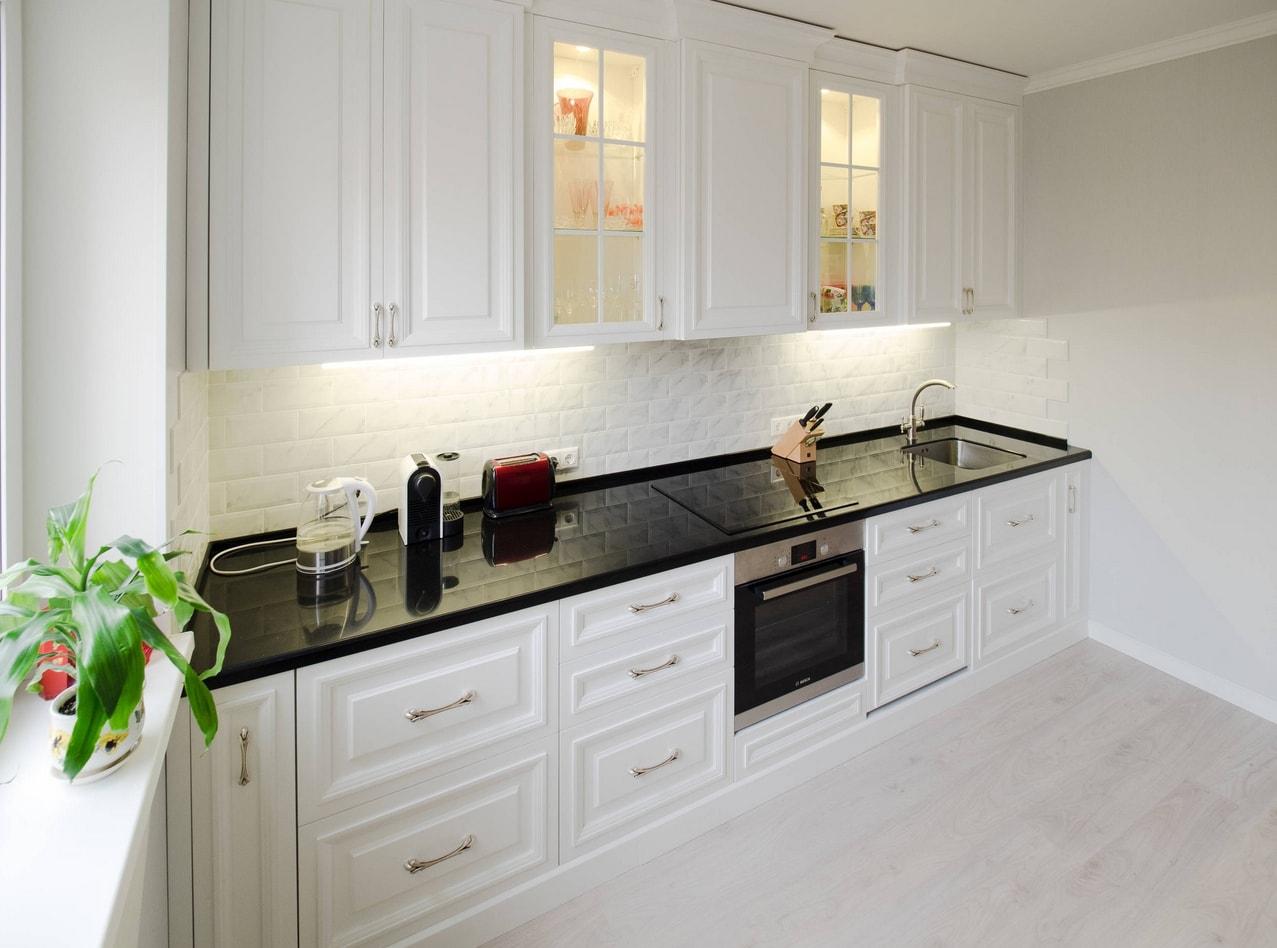 подчеркнуть кухни с белыми столешницами фото типографии также