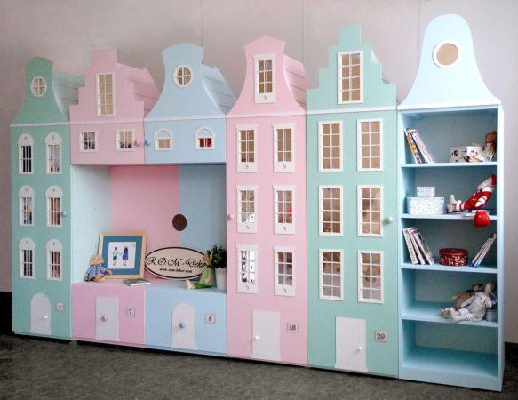 Детский шкаф в постельных тонах