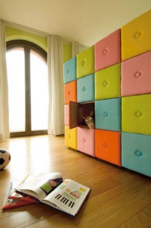Шкаф с мягкими дверцами