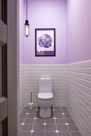 Туалет в сиреневом цвете