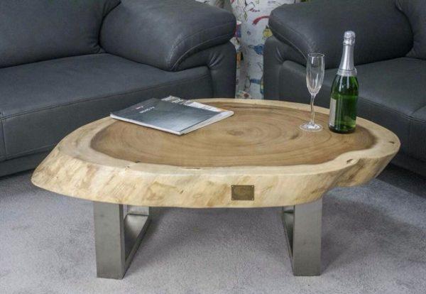 Журнальный стол для гостиной