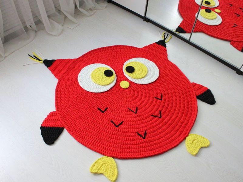Вязаные коврики-зверюшки для детей: фотоподборка идей на заметку