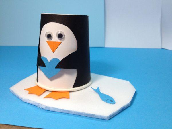 Пингвин из бумажного стаканчика