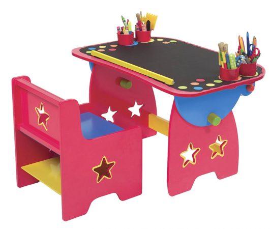 Пластмассовый детский столик и стул