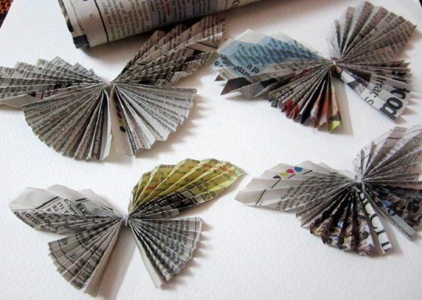 Бабочки из газет