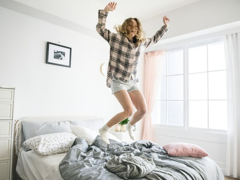 10 вариантов кровати внутри шкафа