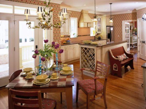 Уютная кухня-столовая