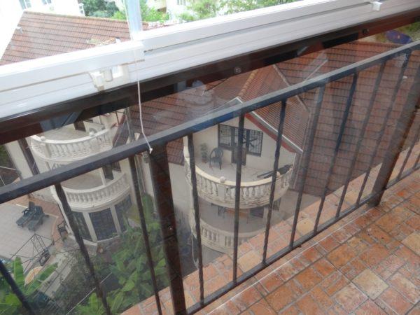 Застеклённый балкон