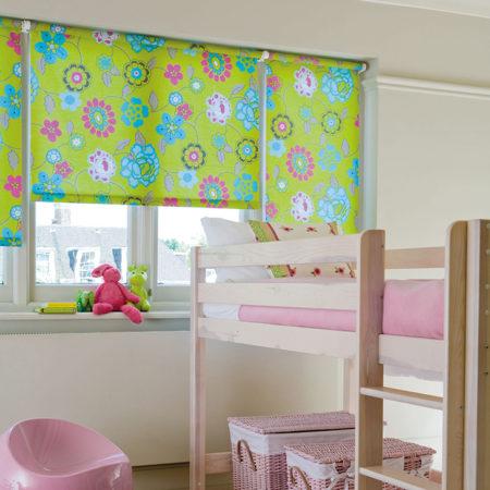 жалюзи в детской комнате