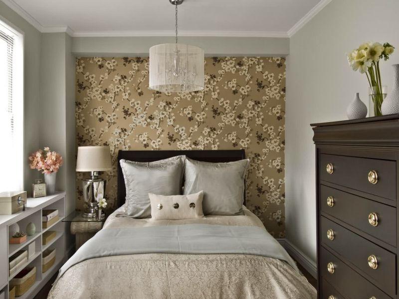 Как подобрать обои для маленькой комнаты: варианты на фото
