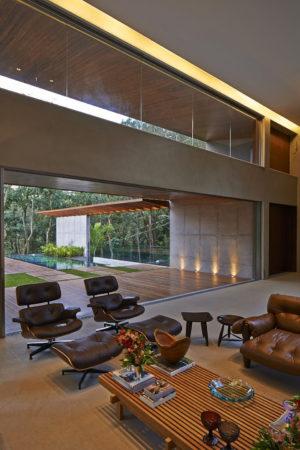 Первый этаж частного дома в Бразилии